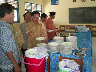 Keluarga Besar Smp 2 Manyaran Halal Bi Halal Manyaran Online