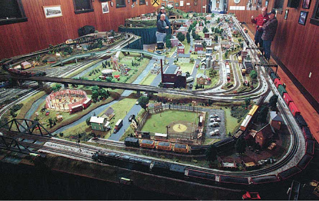 Shows 2014 Miniature