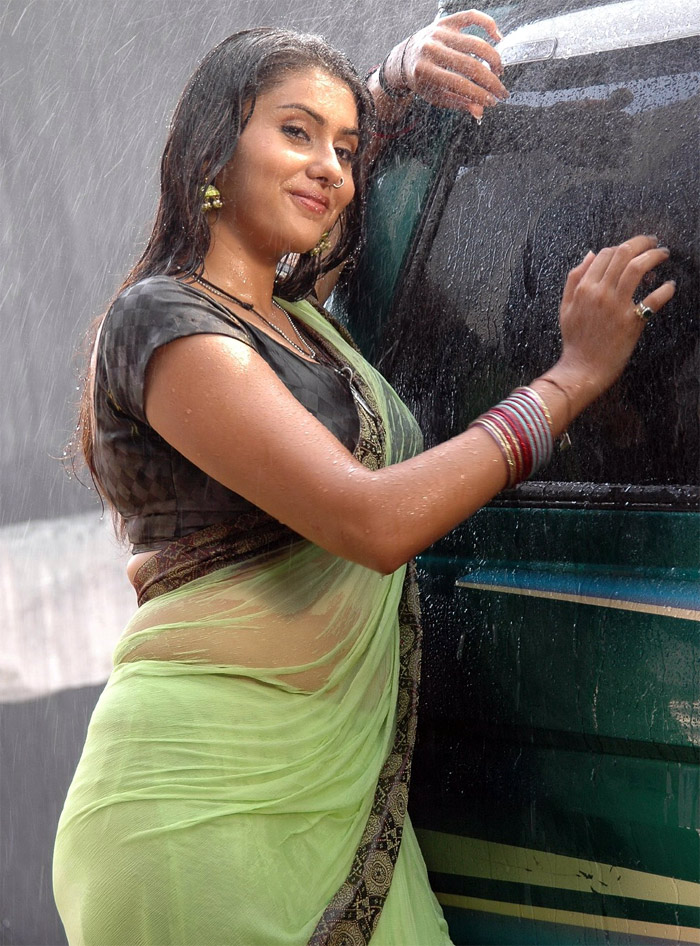 Indian star namitha kapoor sex type - 2 part 2