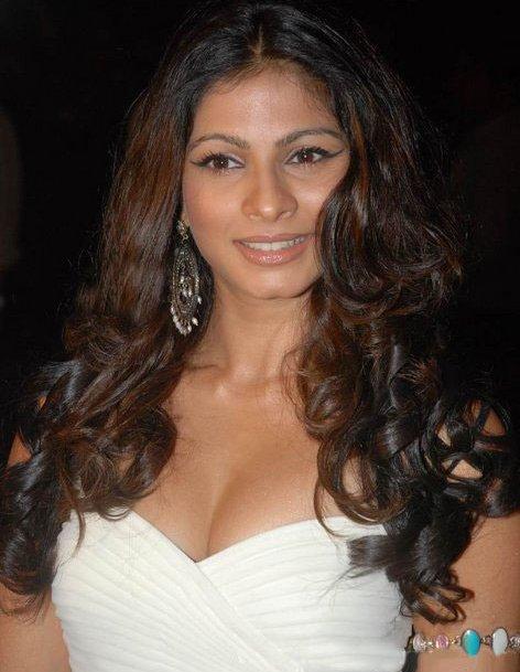 Tanisha mukherjee sex tape