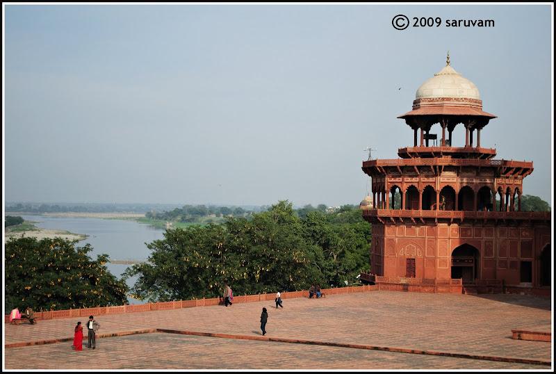Akbar Travels Mumbai Contact Number