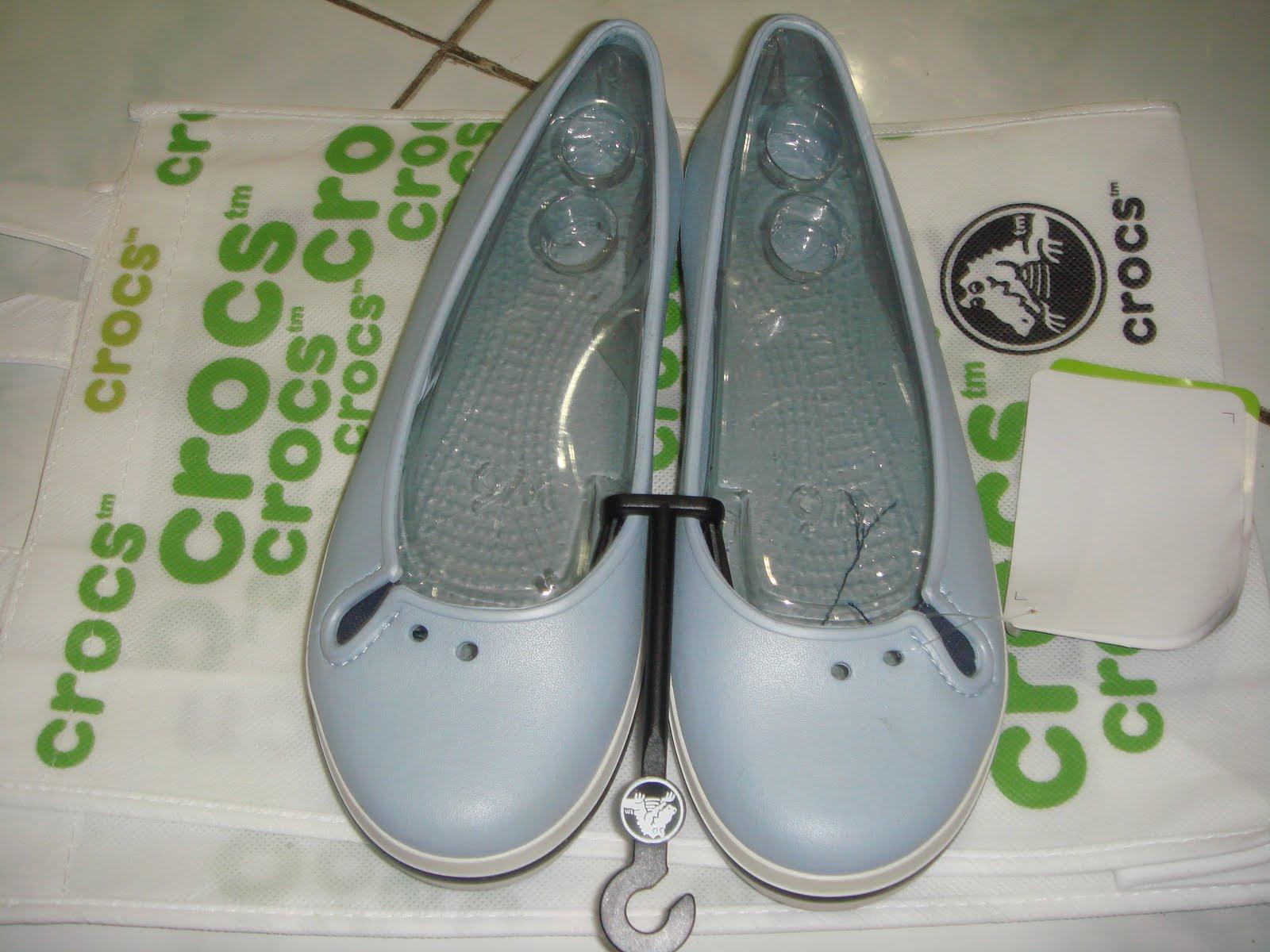 a06235dfea49ec Selling Crocs stuff n etc: CROCS CROCBAND FLAT SKY BLUE