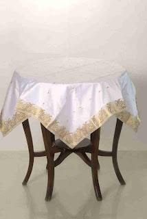 table cloth made from sari
