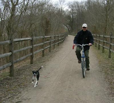 [biking+liza.jpg]