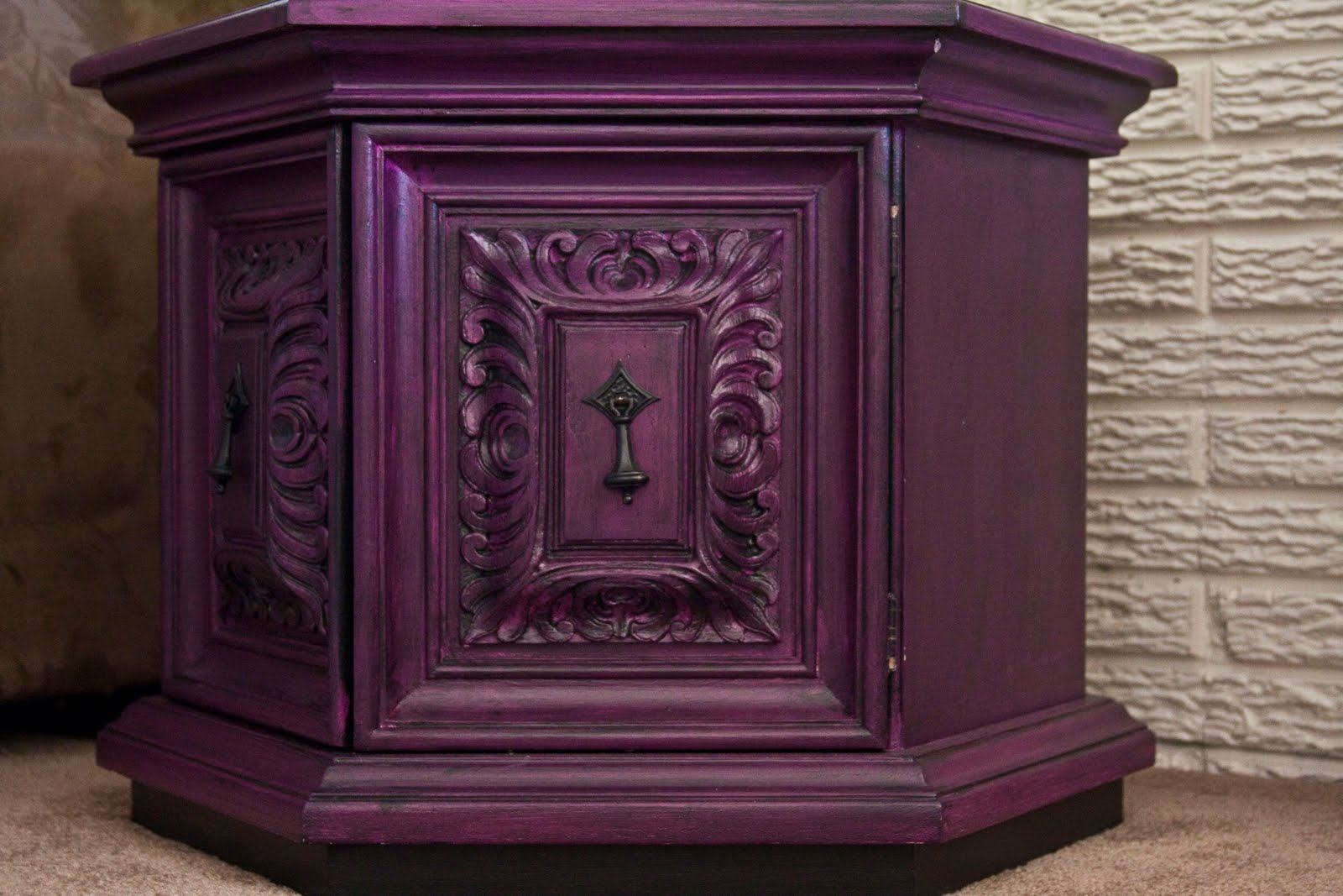 Modernly Shabby Chic Furniture: Purple And Black Nightstand