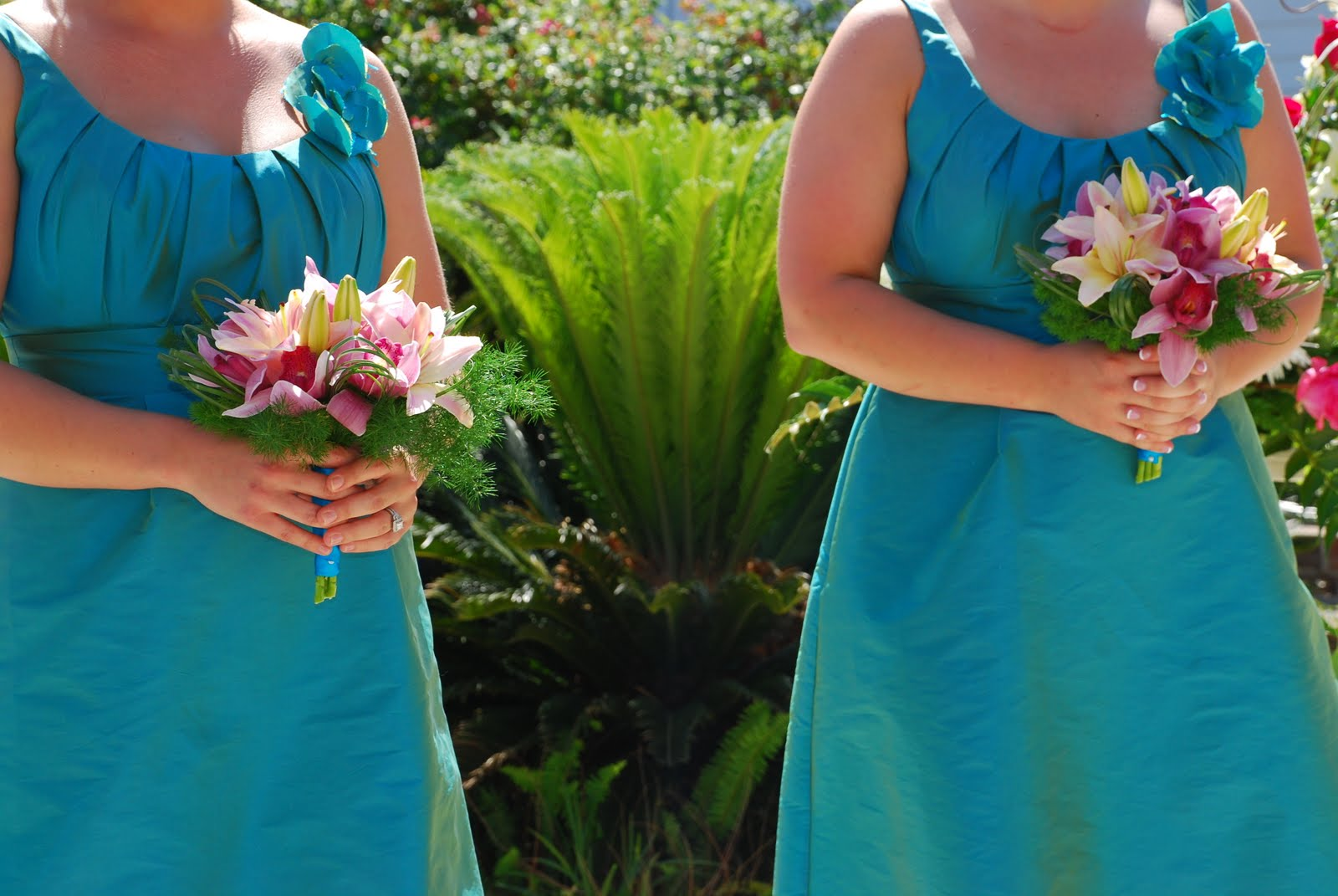 Turquoise Fuchsia Wedding: Flowers For Royal Weddings: Turquoise