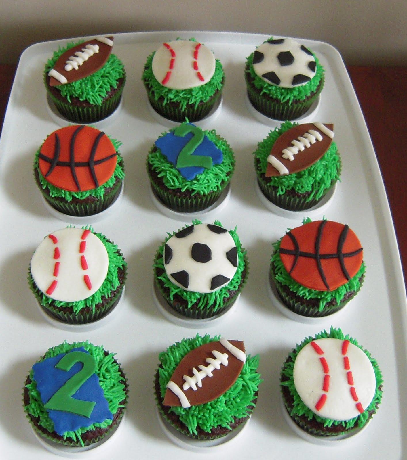 How To Make A Baseball Cupcake Cake