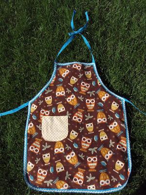 reversible kid apron, owl apron