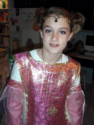 medieval princess, medieval queen costume