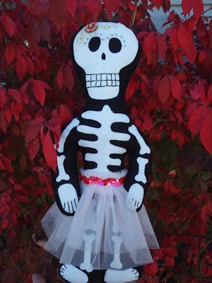 dia de los muertos skeleton doll