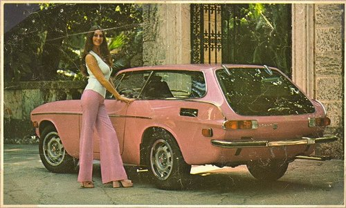 Retro hot car girls: 129