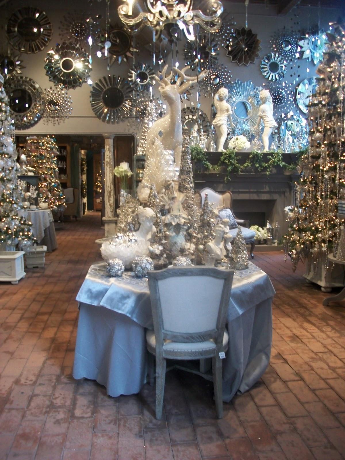 Full Bloom Cottage: Rogers Garden White Christmas