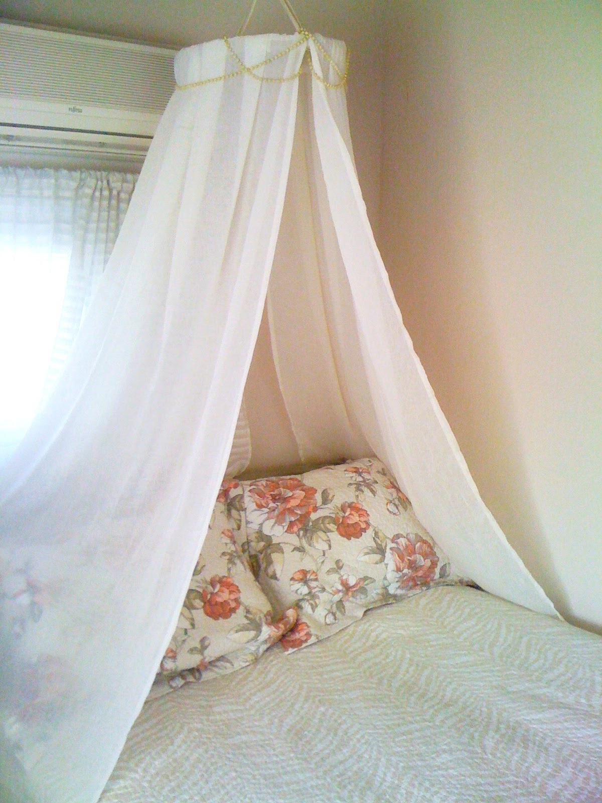 Maiden's Heart: Do-It-Yourself Princess Canopy