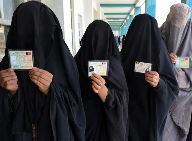 Resultado de imagen para mujeres con burka