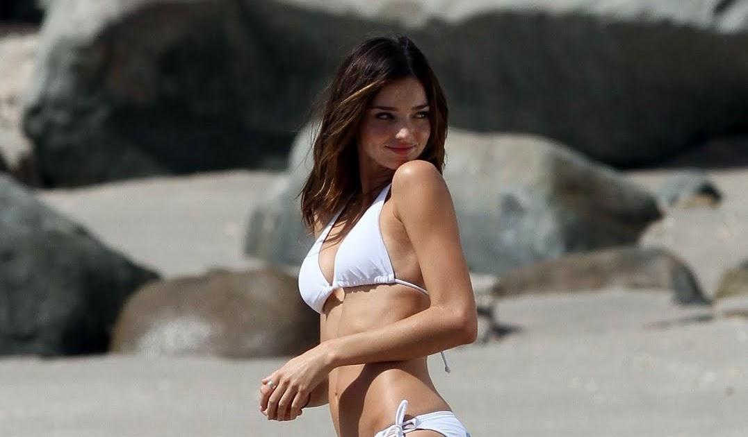 Celebrity Butts: Miranda Kerr's Ass in Bikini