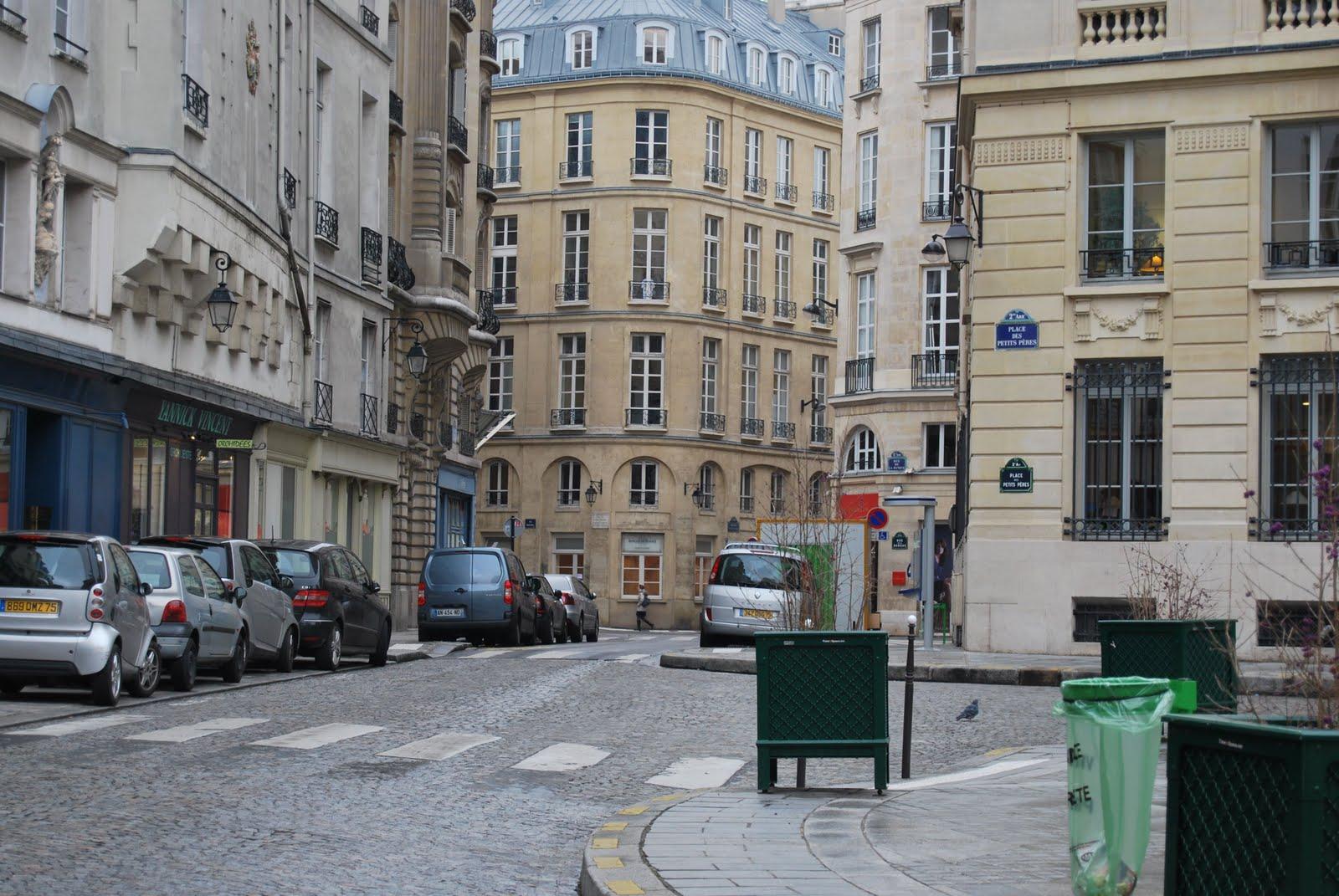 rue pestalozzi le sentier paris 2 le sentier in paris 2. Black Bedroom Furniture Sets. Home Design Ideas