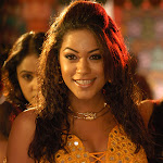 Mumaithkhan Showing Cleavage And Neval