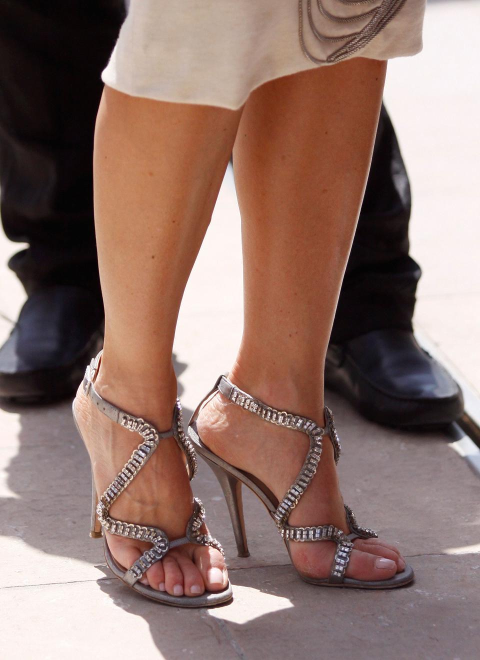 Bigfoot Celebrity: Nelly Furtado Feet