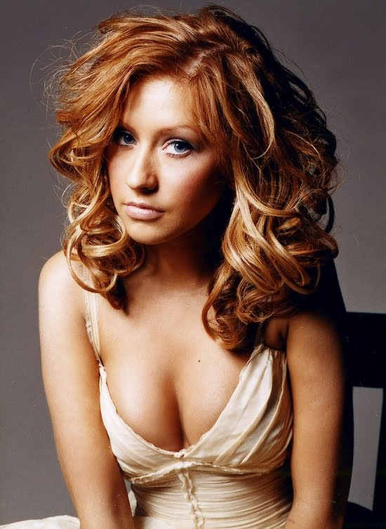 Latest Celebrity Hairstyles Christina Aguilera Hairstyles