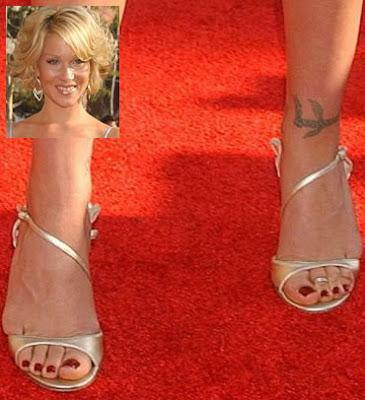 Christina applegate feet