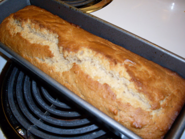 Sweet Jam Loaf, jam sweetened quick bread.