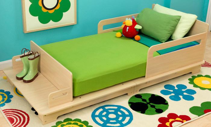 kidkraft toys furniture babyology reviews kidkraft 39 s modern toddler cot. Black Bedroom Furniture Sets. Home Design Ideas