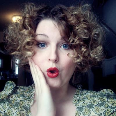1920s style clara bow pin curls via va-voom vintage