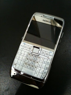 Cep Telefonu Modelleri ve Fiyatları: Nokia E71 Fiyatı | 2 ...