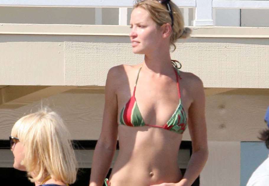 Young Swimsuit Ashley Scott  naked (22 foto), Facebook, butt
