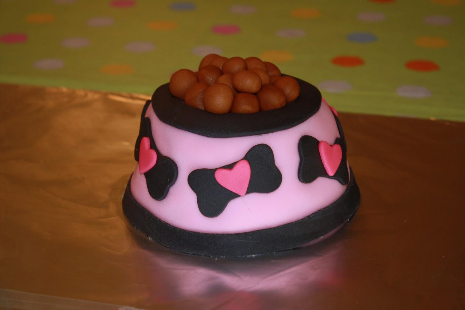 Dazzle Cakes Blue Dog Cake