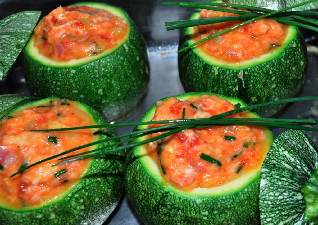 Tondo Rotondo Bicchiere Senza Fondo.Colore In Cucina Tondo Rotondo