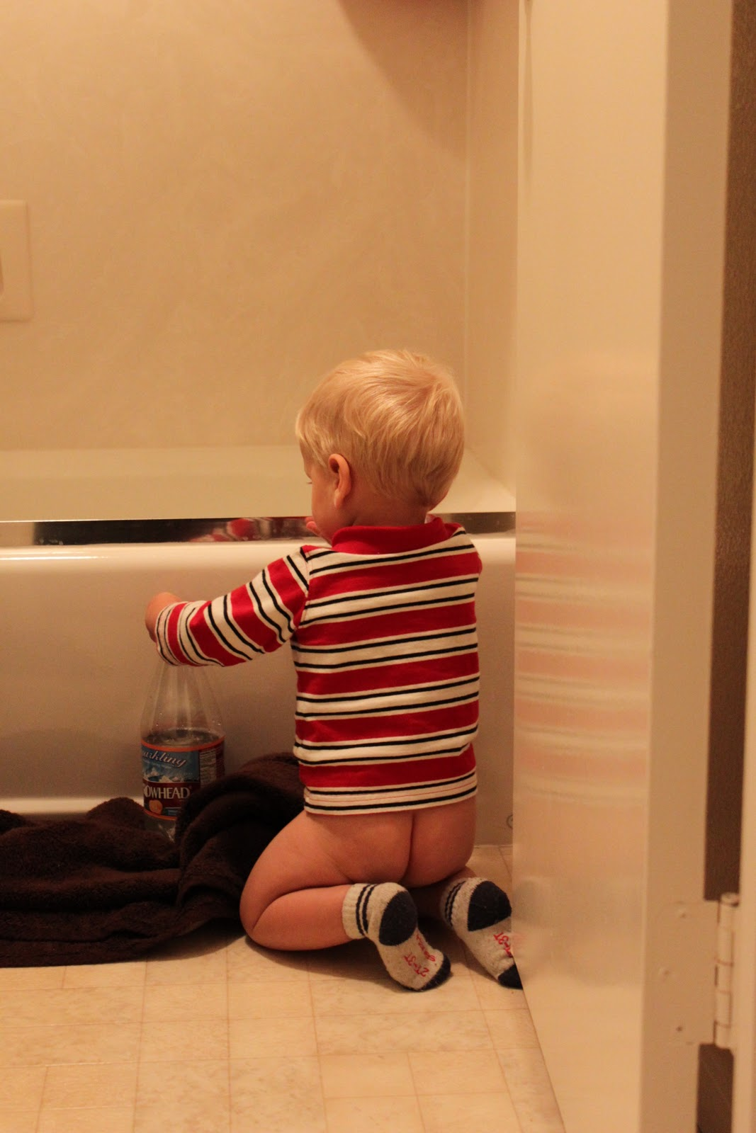 Potty Training Pics *nudie booty* - JustMommies Message Boards