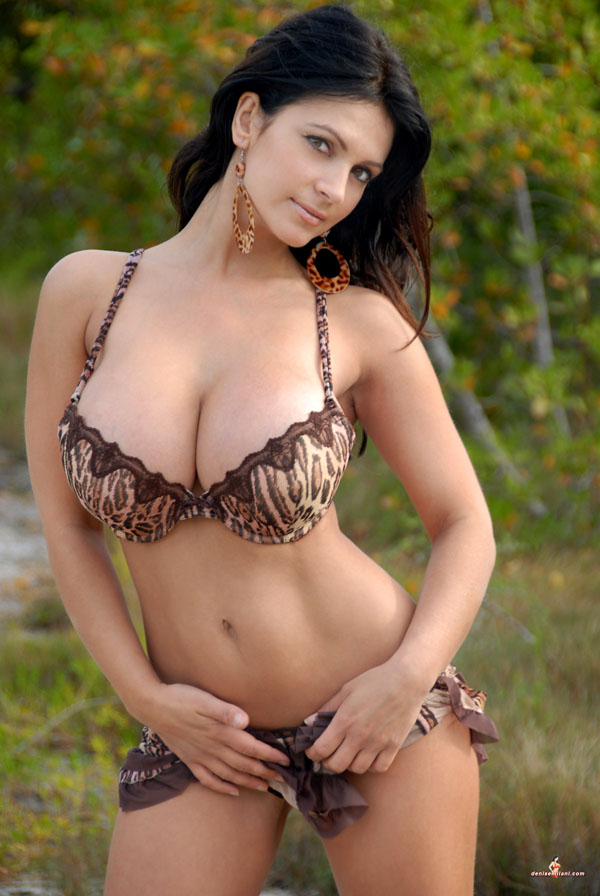 Denise milani videos