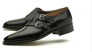801e6680d93d9 Si bien sobre el uso de los oxfords hay un acuerdo sobre su idoneidad para  ser calzados en la mayoría de las ocasiones
