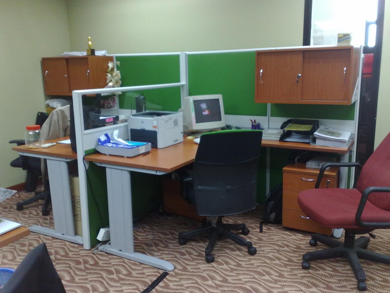 Susun Atur Meja Pejabat