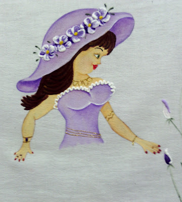 pintura em tecido boneca lilás