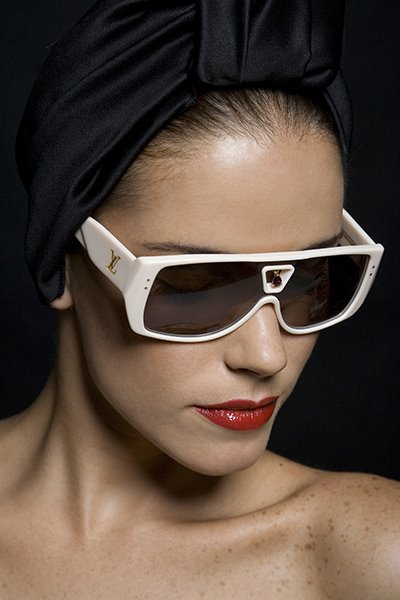 f6df03012cb63 Louis Vuitton sunglasses in white with bling bindi