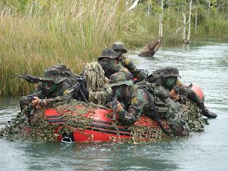 Nadie sabe cuán valiente es hasta que se enfrenta al peligro. El  adiestramiento debe penetrar el alma y el corazón del soldado. 5253ea049e0