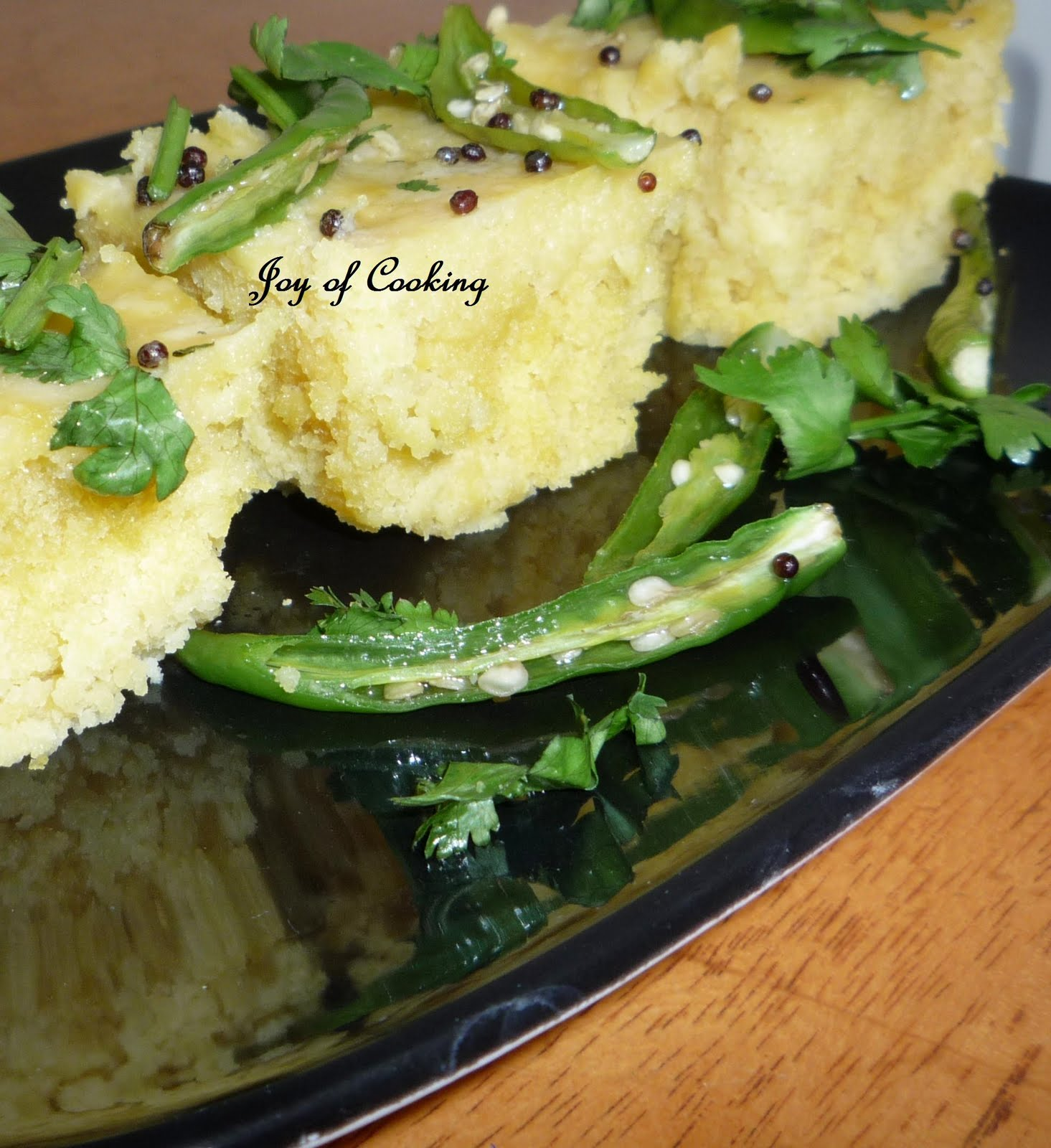 Jagrutis cooking odyssey khaman dhokla savoury gramflour cakes today one of my bloggywood friend told me she loves gujarati food and loves to make at home tooe asked if i have khaman dhokla recipe on my blogd forumfinder Image collections