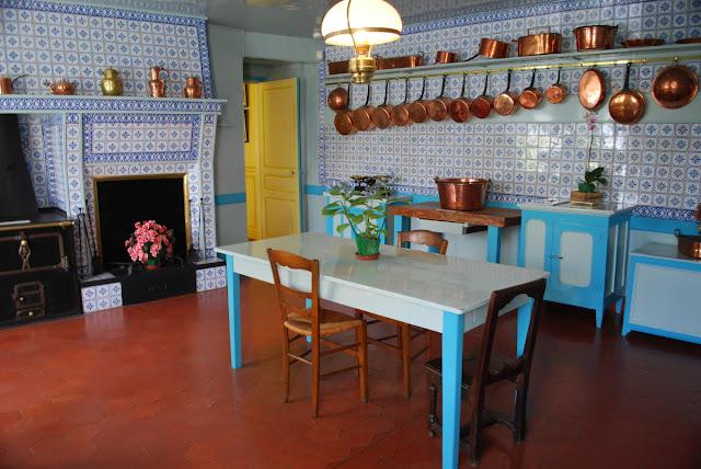 White Kitchen Terracotta Floor