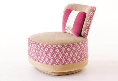 sofa si fotoliu cu design retro