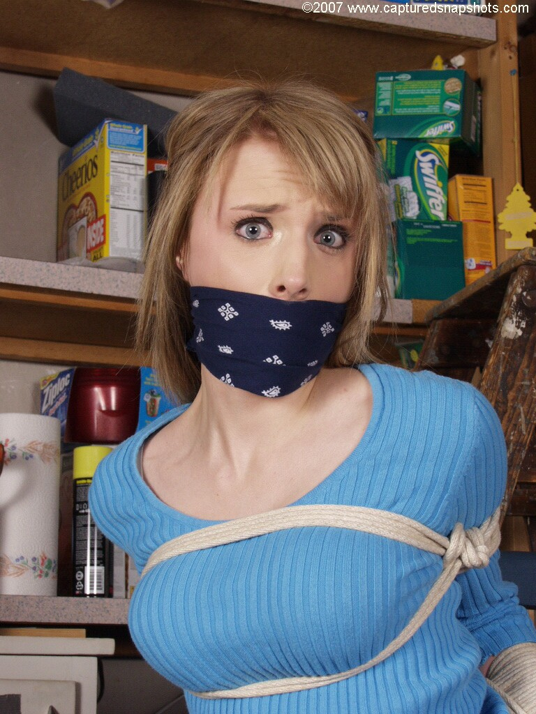 knotted cleave gag