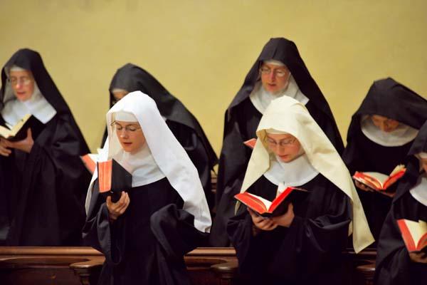 Gay Nuns 98