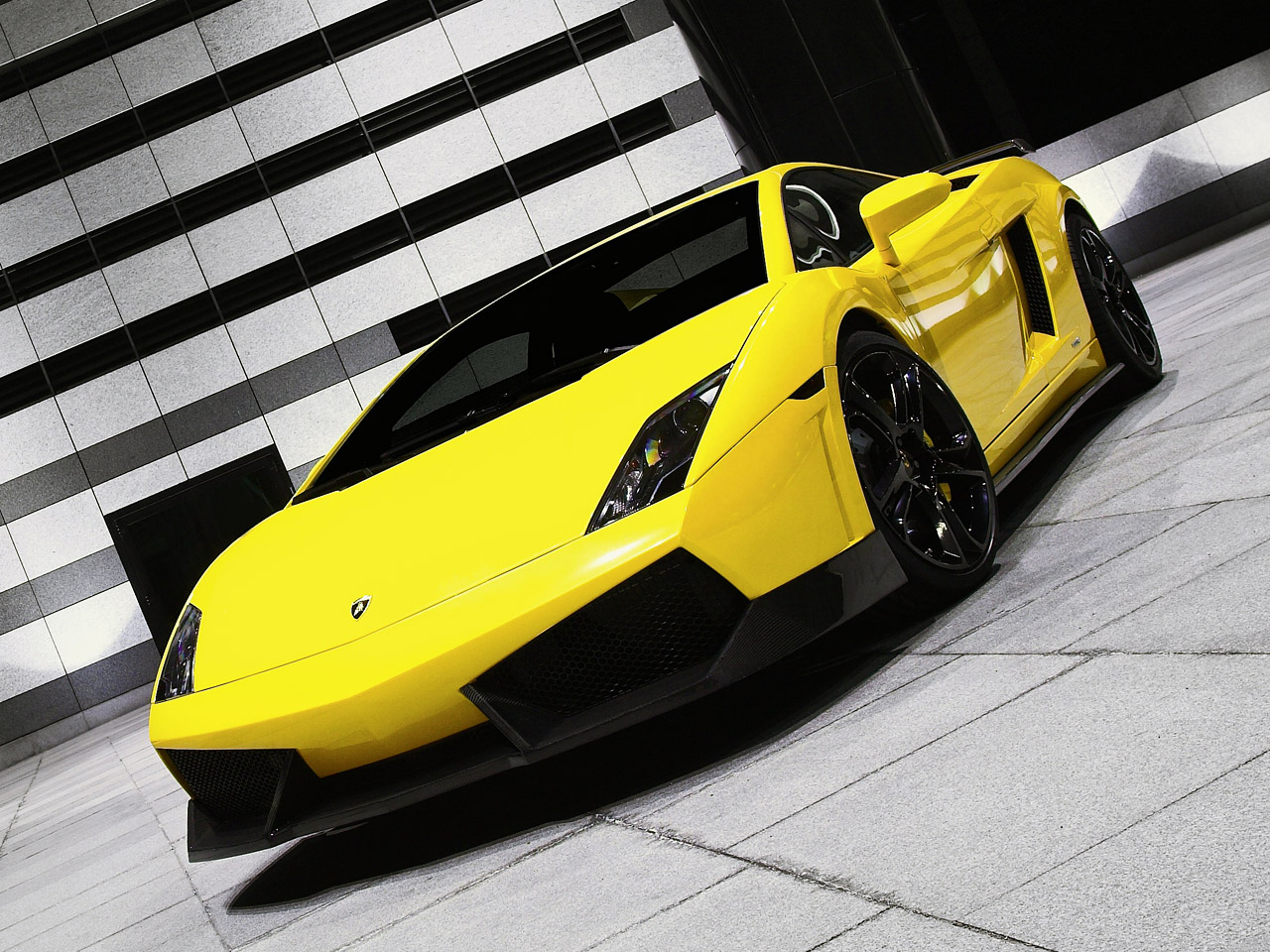 Lamborghini Gallardo GT600 Modified By BF Performance GAMBAR FOTO