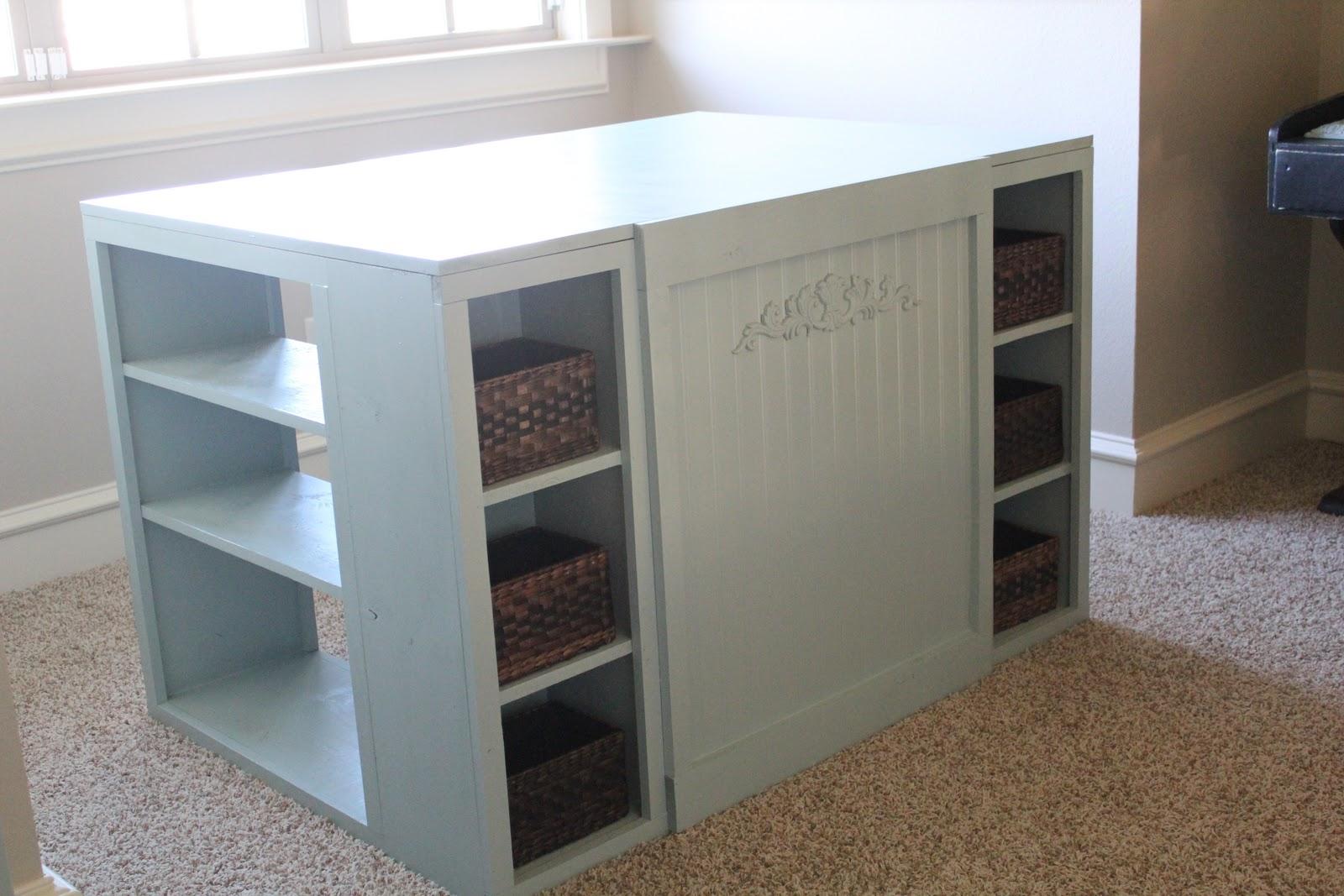Craft Room Desk: Deons Little Diddys: Craft Room Makeover