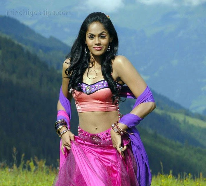 Telugu XXX Bommalu Pictures: Actress Karthika Hot Stills