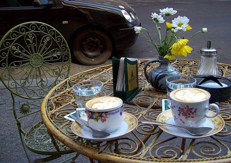 Cafe Luzia Berlin Herr Bitter