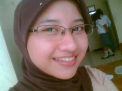 Tante Tante Jilbab Crot Black Hairstyle And Haircuts