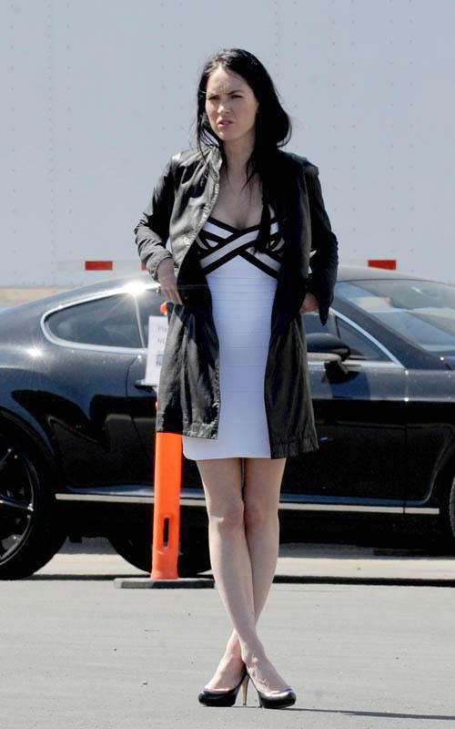 Megan Fox Transformers 3 : Teaser Trailer