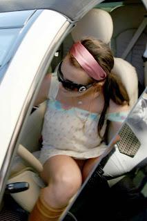 saliendo del coche